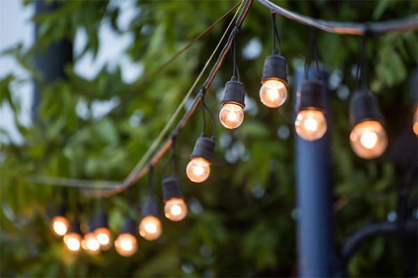 Read more about the article Safety tips for outdoor lighting