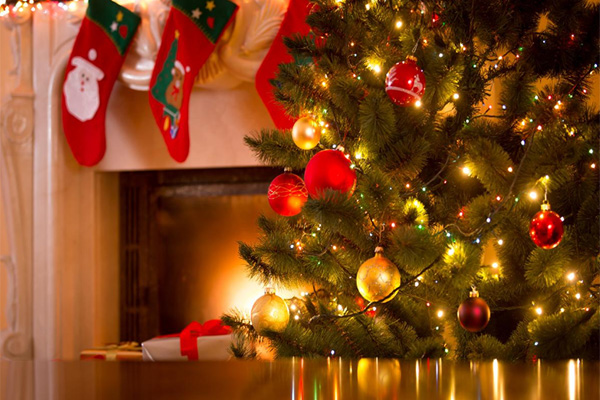 Read more about the article Use caution when celebrating the holidays with festive lighting