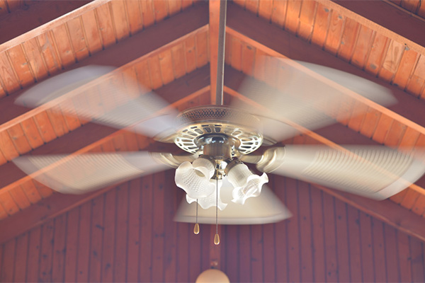 Make sure your ceiling fan is going in the right direction for summer